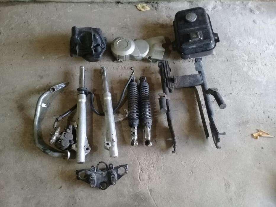 Vendo <strong>repuesto</strong>s de Honda Biz Y Ybr