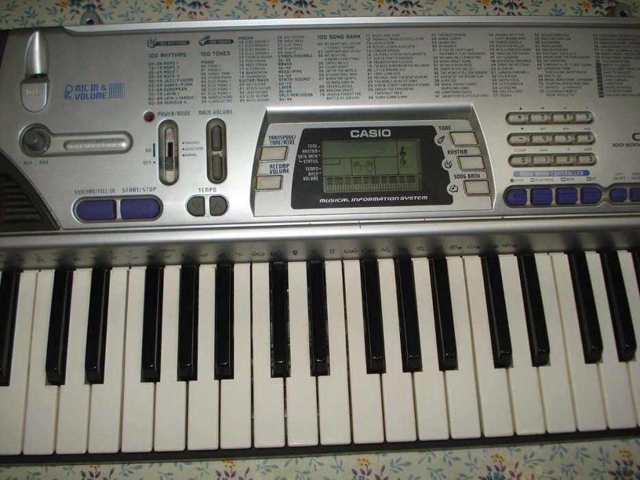 Teclado Organo Casio Ctk 496 con transfo excelente funcionamiento y estado