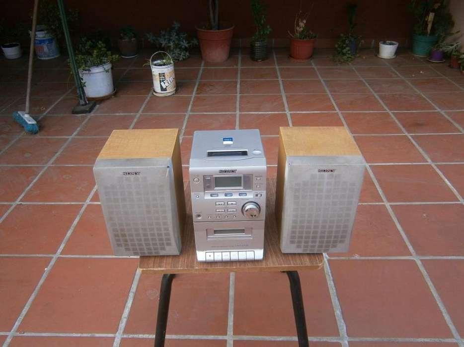 equipo de musica Sony modelo cmt-ep30