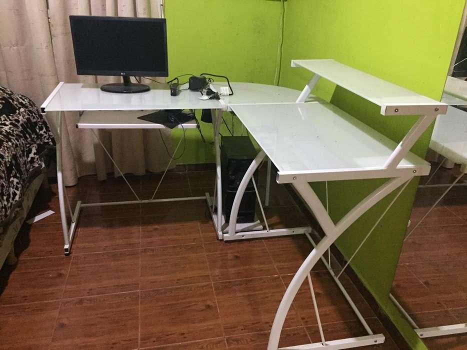 <strong>escritorio</strong> de Vidrio