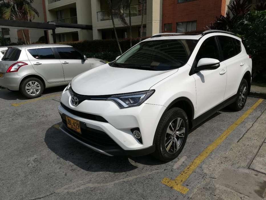 Toyota RAV4 2016 - 37000 km