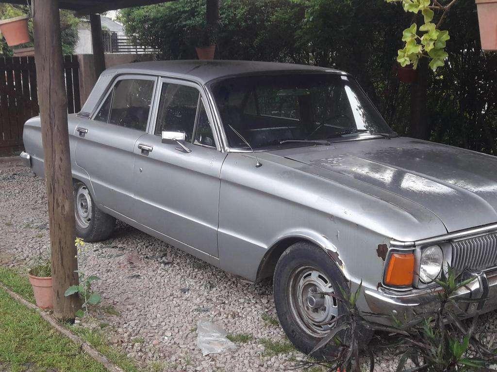 Vendo Ford Falcon Standard mod 81