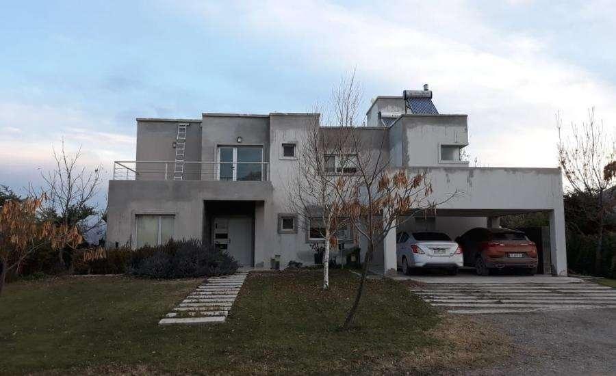 Casa en Alquiler en La zagala, 80000