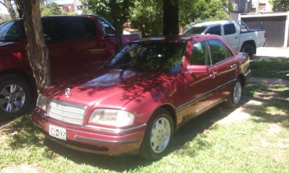 <strong>mercedes</strong>-Benz 220 1996 - 169000 km