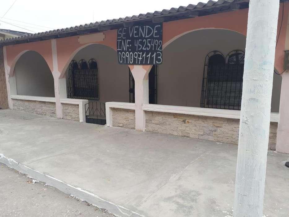 Venta de casa La Libertad Cdla Las Acacias INFORMES WHATS 0990971113
