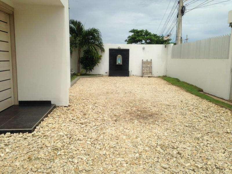 Casa En Venta En Puerto Colombia Salgar Cod. VBATL-185
