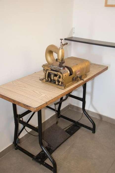 Máquina Rebajadora de cuero