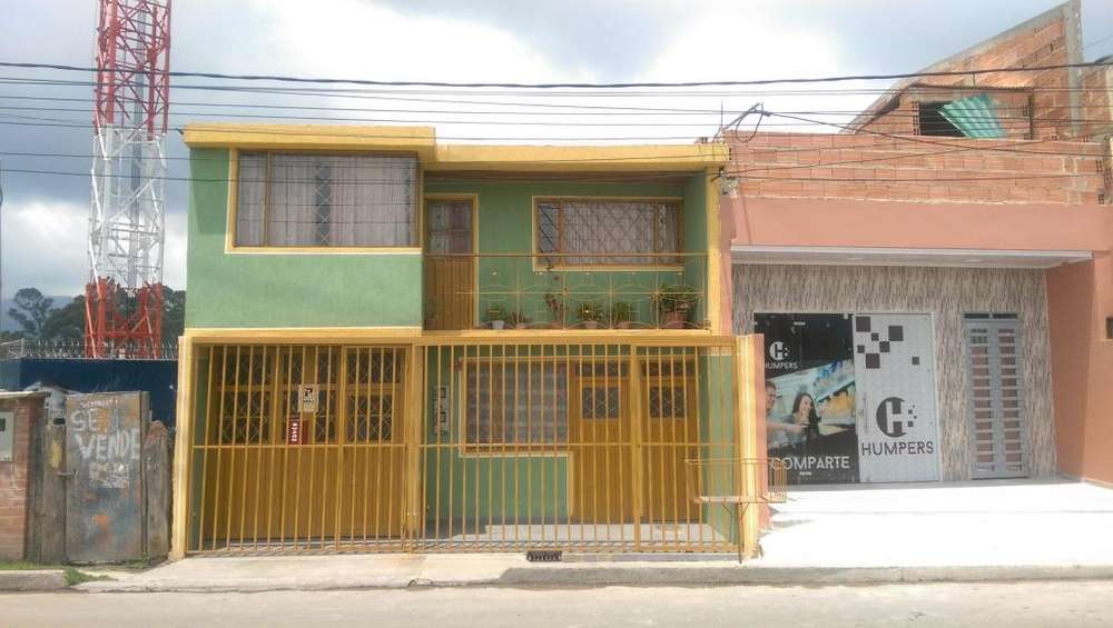 Casa Barrio Berlín Frente a la Universidad de Cundinamarca