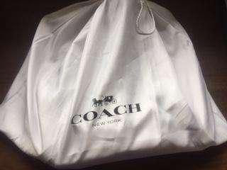 vendo bolso-mochila COACH-NEW YORK