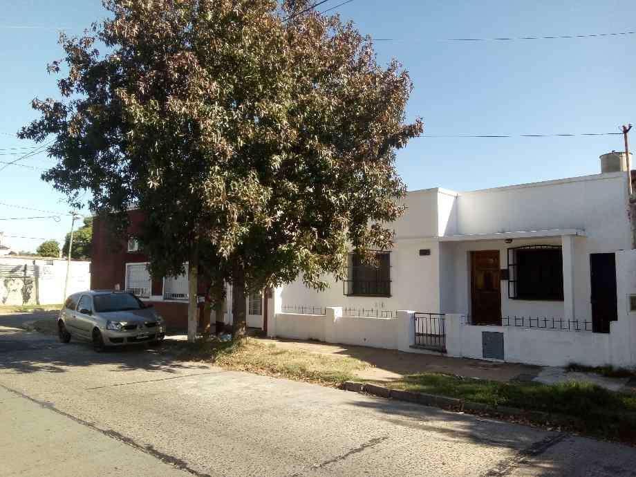 Casa en alquiler en Quilmes Centro
