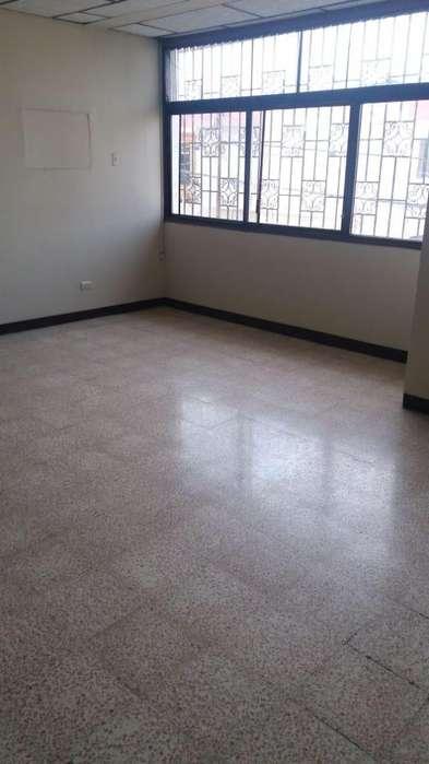 Renta de Departamento en Kennedy Nueva, cerca a la Universidad de Guayaquil