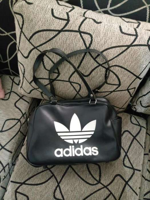 <strong>bolso</strong> Adidas