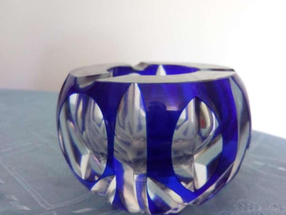 Cenicero de Cristal Azul