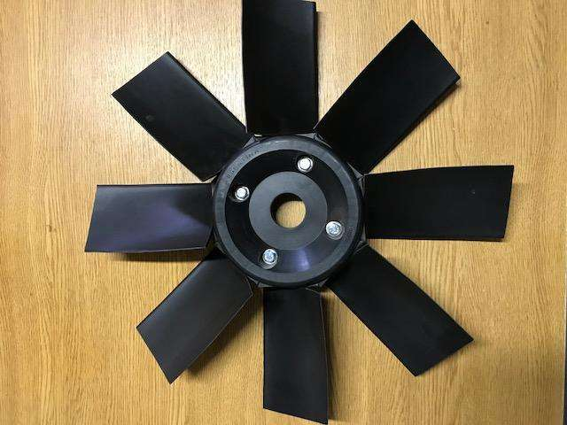 Paleta para radiador Hangcha y Heli 2 y 2,5 tn.