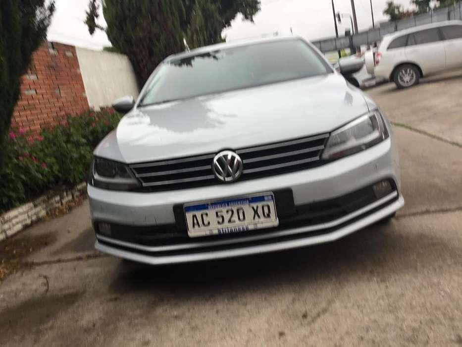 Volkswagen Vento 2018 - 14000 km