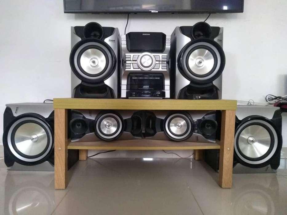 vendo equipo de sonido 500.000 negociables
