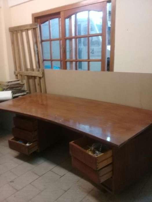 <strong>escritorio</strong> Y Silla Giratoria Muy Cuidado