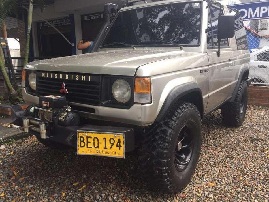 Mitsubishi Montero 1994 - 100 km