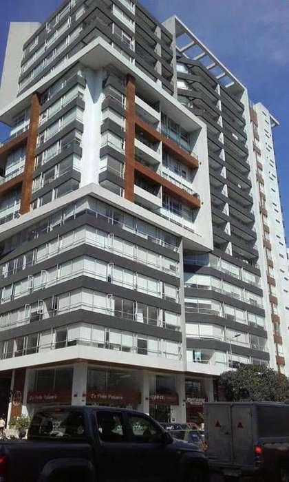 En Venta <strong>oficina</strong> 65m2 en Shyris y Portugal cerca a la Carolina Quito Ecuador