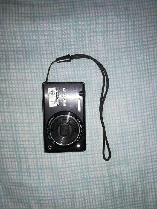 Cámara Digital Samsung Mv800