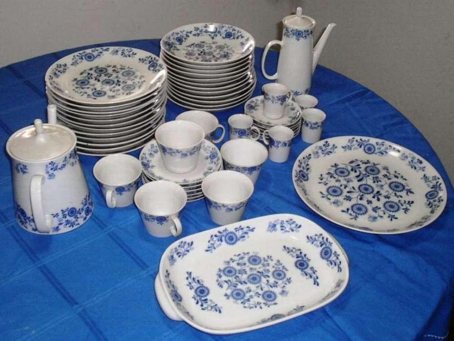 Juego de porcelana antigua 52 piezas LOZADUR