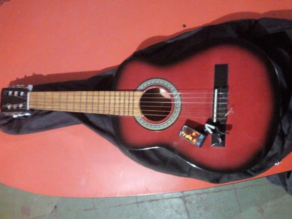 Guitarra Criolla para Chicos con Afinado