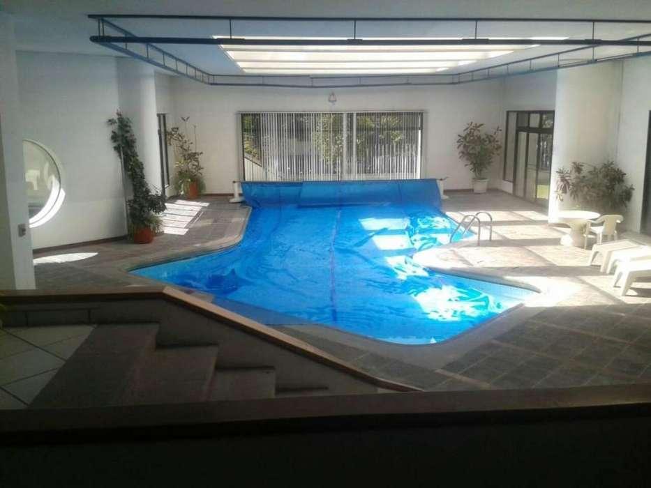Departamento de venta Quito Tenis, 3 dormitorios, piscina