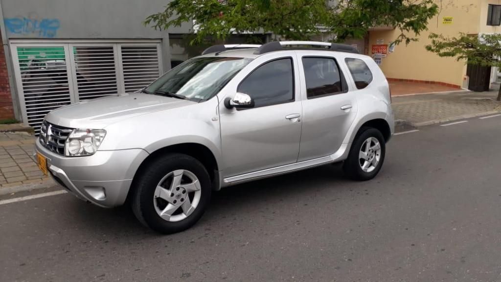 RENAULT DUSTER AUTOMATICA MODELO 2013