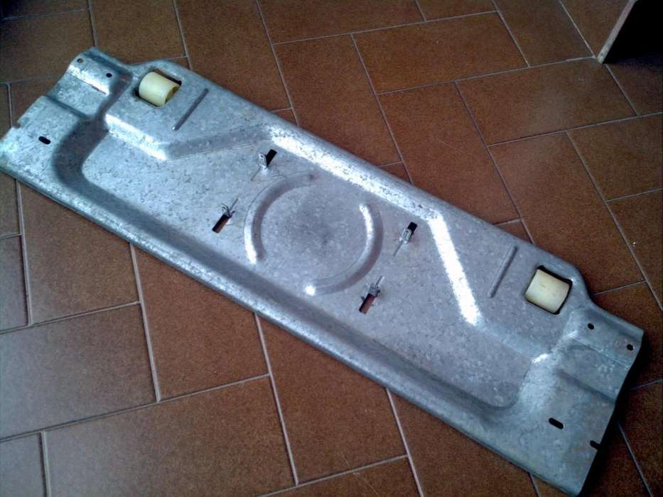 Chasis Sujeta Motor Heladera Whirlpool Arb