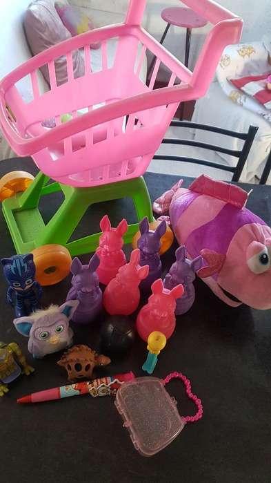 Hermoso Lote de <strong>juguetes</strong>