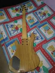 Bajo washburn 6 Cuerdas ref XB126
