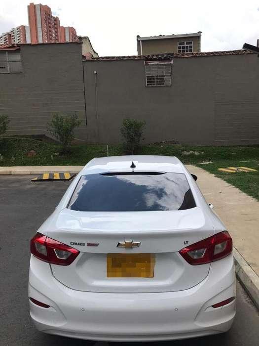 Chevrolet Cruze 2017 - 47500 km