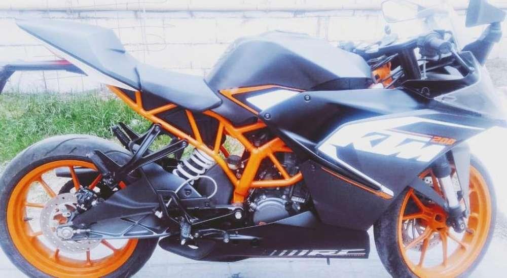 Vendo KTM RC 200