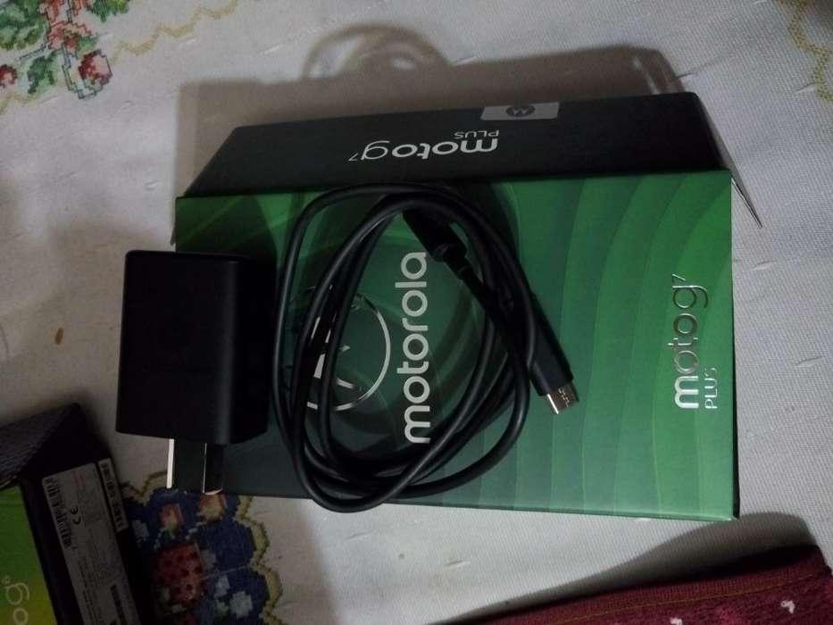 Vendo Cables para Moto G6plus, G7 Plus
