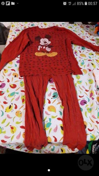 241fc02f19 Pijama Talle 8 con Licencia  strong disney  strong