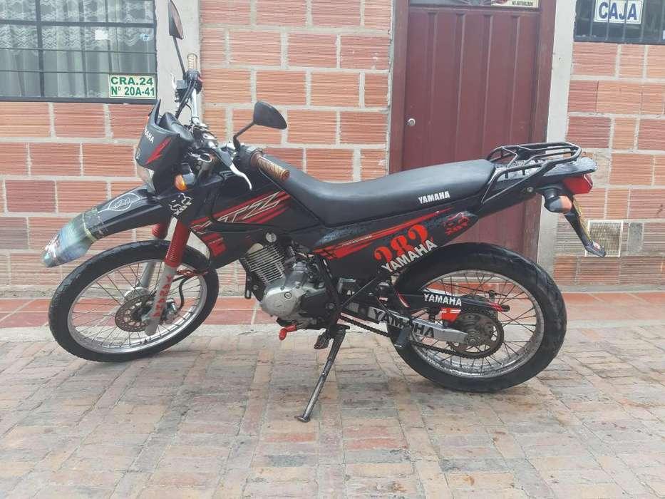 Moto XTZ 2016