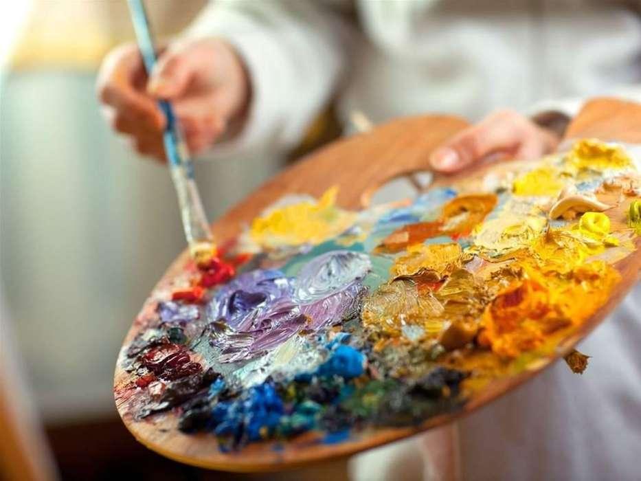 se dictan clases de <strong>pintura</strong> por artista reconocido