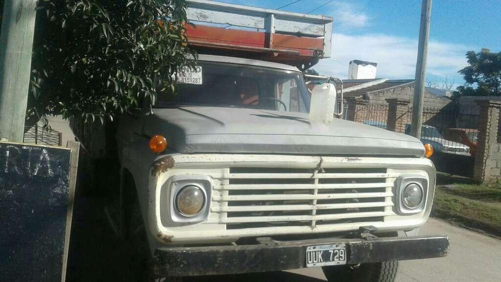 Vendo Camion Ford 120000 Andando Perfec