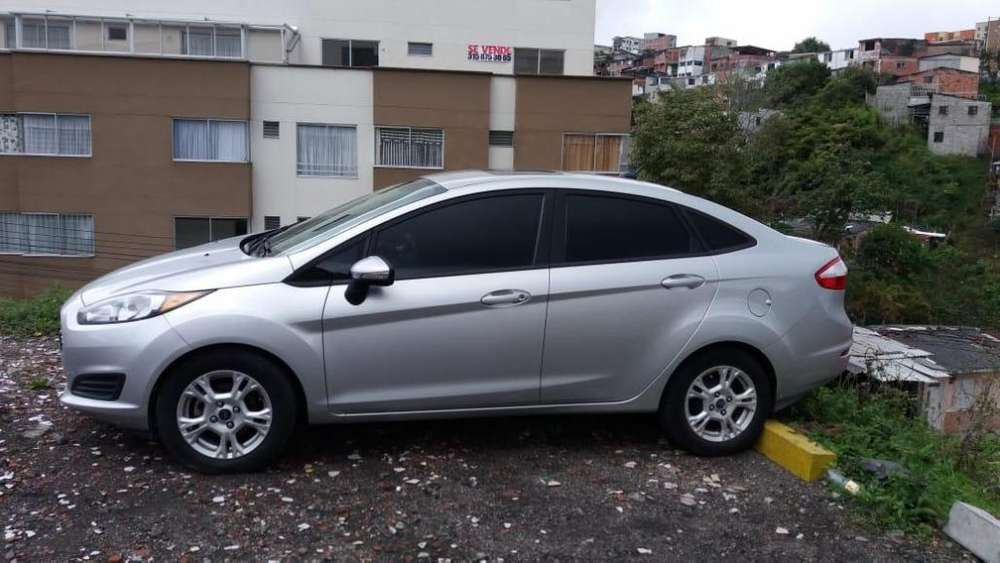 <strong>ford</strong> Fiesta  2014 - 90000 km