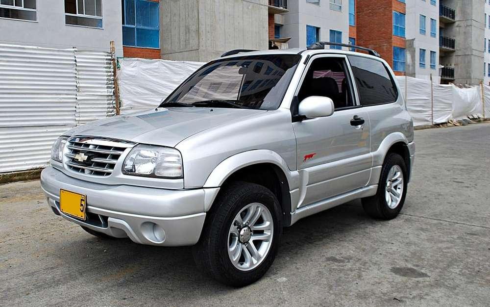 Chevrolet Grand Vitara 2013 - 163000 km