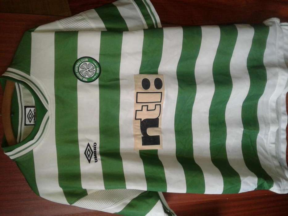 Camiseta Celtic FC Original Umbro, 1999- 2000 - Version Jugador Talle XL.