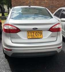 Se Vende Ford Fiesta titanium