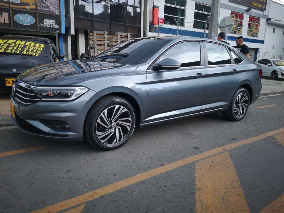 Volkswagen Nuevo Jetta 2019 - 16000 km