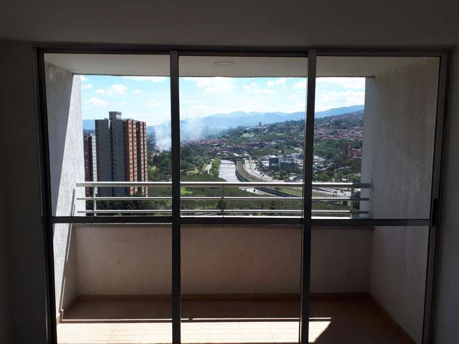Apartamento Puerta Madera