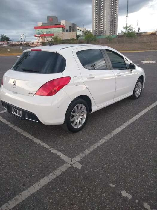 Peugeot 308 2013 - 810000 km
