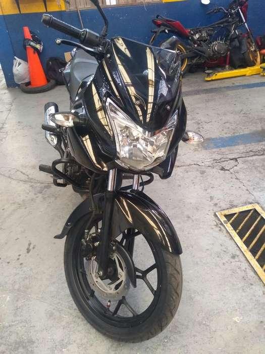 Vendo Moto Discover 150f