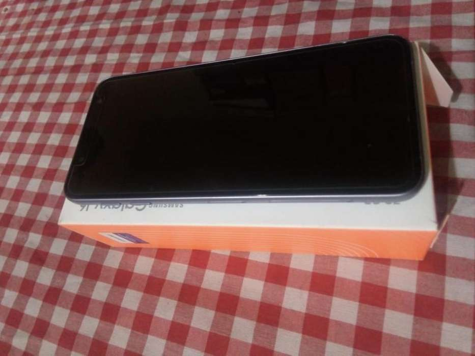 Celular Samsung J6 Lavanda Impecable