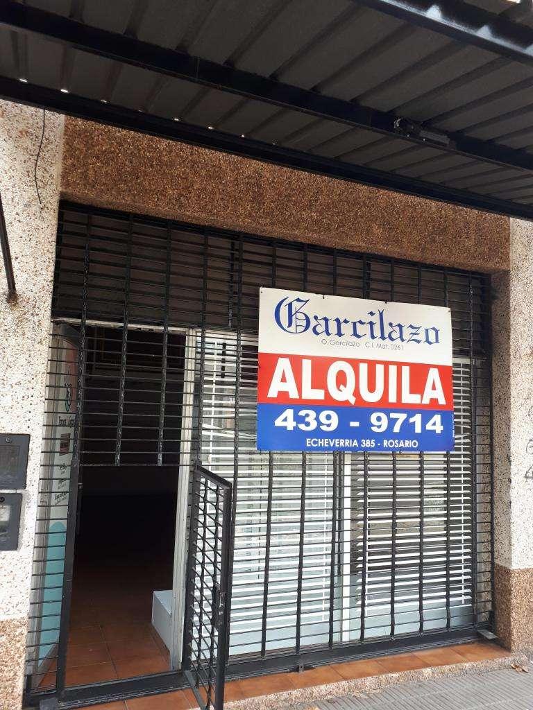 Excelente local a metros del Alto Rosario Shopping