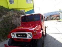 Toyota Land Cruiser Modelo1983