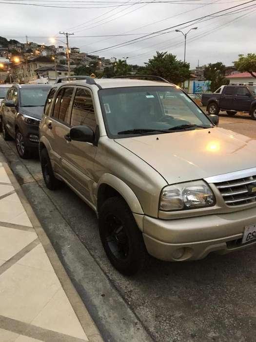 Chevrolet Grand Vitara 2013 - 150000 km